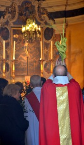 Blessing of branches, Saint-Michel Church, Villefranche-sur-Mer. Photo: Unni Holtedahl