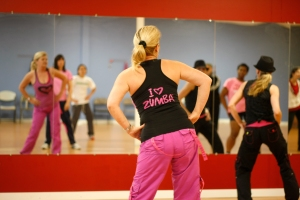 Zumba has been my therapy during all my expat years! I guess I've become a zumbaholic!