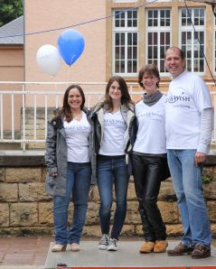 Marcel Hagendoorn and Make-a-Wish volunteers on Fabiana's big day. Photo: Lisbeth Ganer