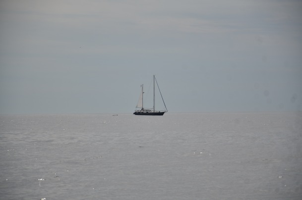 Sailing where sea meets sky. Photo: Unni Holtedahl. ©2013 Unni Holtedahl