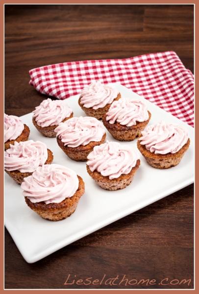 Pink raspberry cupcakes