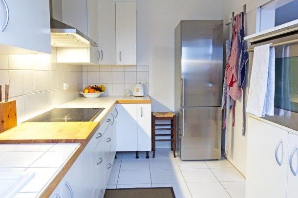 A clutterfree kitchen. Photo: Lisa Fuchs