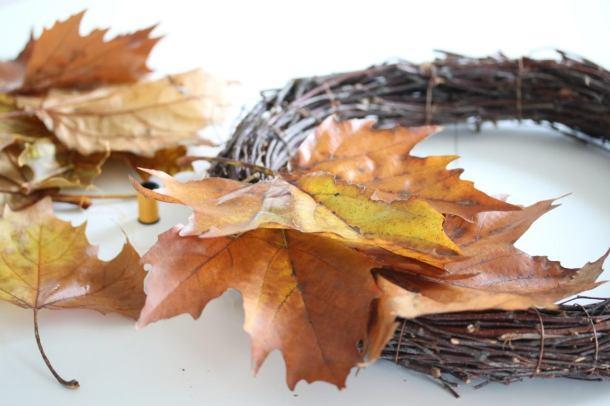 autumnleaveswreath